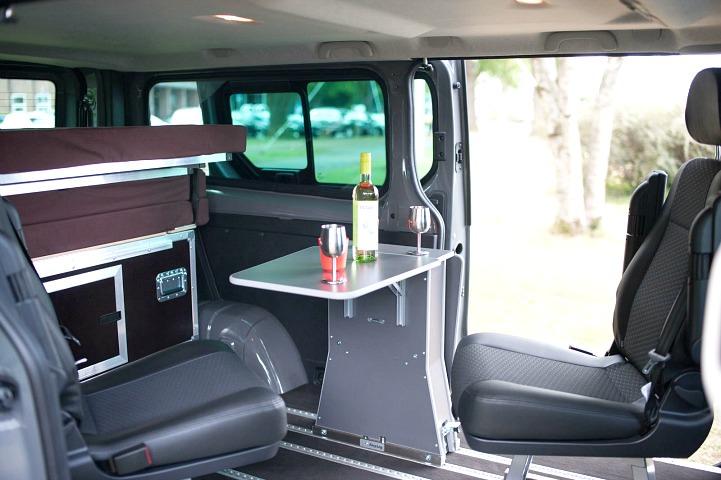 opel vivaro plus ququq campingbox der quivaro. Black Bedroom Furniture Sets. Home Design Ideas