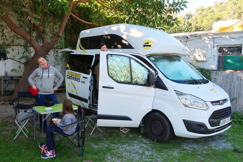 Spanien mit dem Wohnmobil Nugget La Herradura