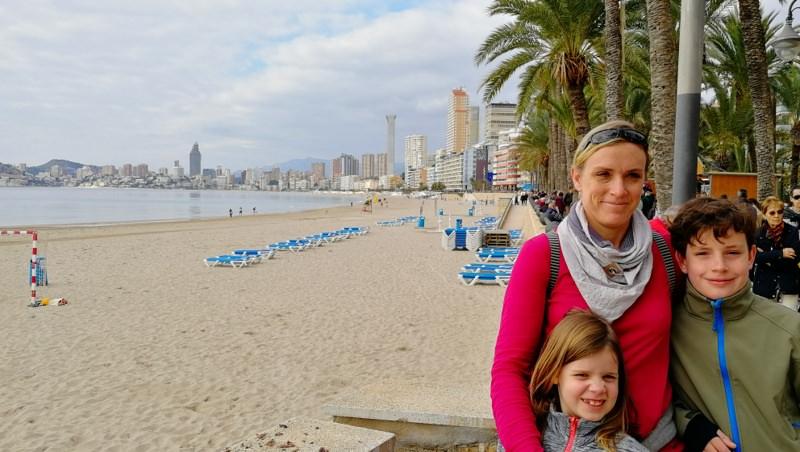 Spanien mit dem Wohnmobil Benidorm Selfi Familie
