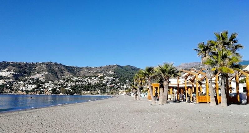 Spanien mit dem Wohnmobil La Herradura Beach