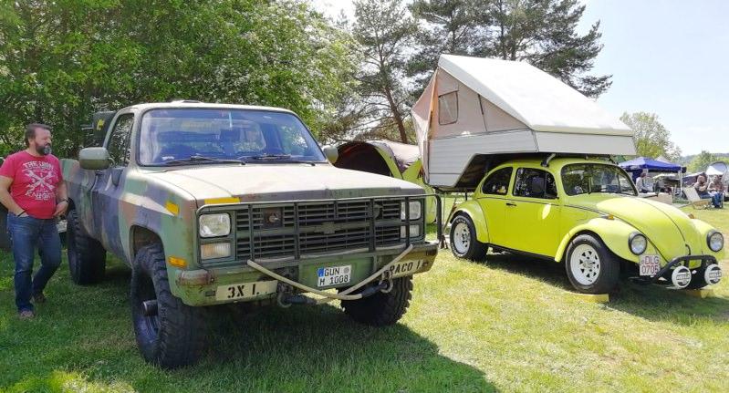 VW Käfer mit Dachzelt